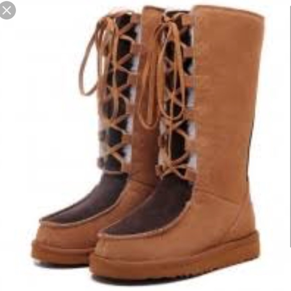 0a6b824a22d •UGG• 'Whitley' Moccasin Boots